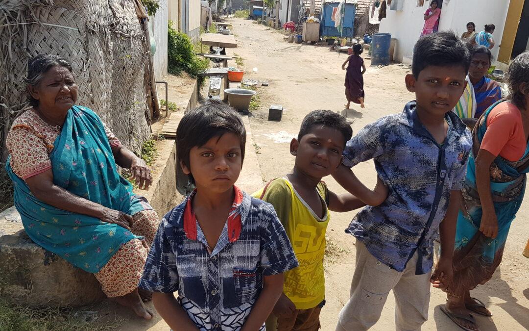 kinderen bij project Green India Trust